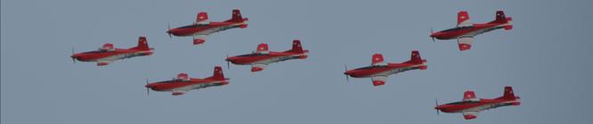Patrouille Suisse Staffel am Züri-Fäscht. Swiss Army PC-7 Airshow above Zürichs Sky