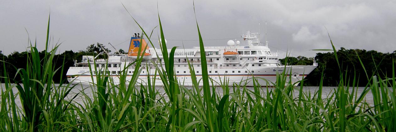 1260px Header MS Bremen Amazonas