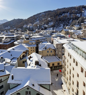 Aussenansicht des Hotels Monopol in St. Moritz
