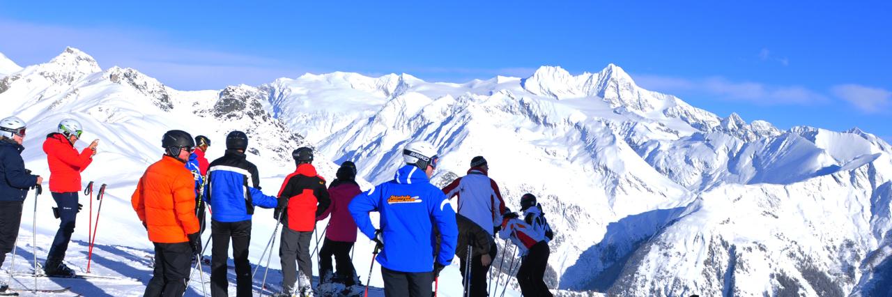 Headerbild Wintersport, Alpinismus, Schneeberge, Skifahrer, Grossglockner, Adlerlounge | Alps, Snow mountains, Adler Lounge, Matrei, Grossglockner, Tyrol