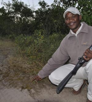 Botswana: Duma Tau Bushmen Ranger 55