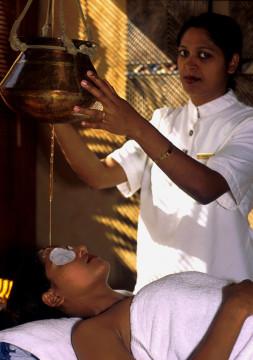 """Mauritius: Ayurveda-Behandlung im """"weltbesten SPA 2002"""" im Oberoi Hotel Mauritius. World best spa 2002"""