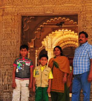 Indien: Jain Hindu Tempel Ahmedabad