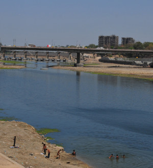 Indien: Ahmedabad-Riverbed in Gujarat