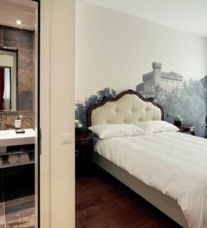 Ticino: Zimmer im Hotel La Tureta in Giubiasco
